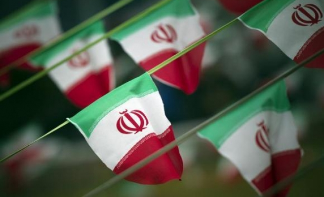 U.S. lawmakers seek to revive Iran sanctions bill