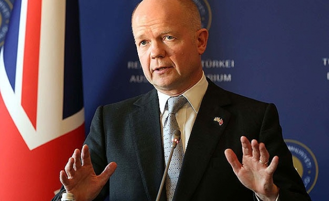 Britain's Hague says no sign of Russia withdrawing troops
