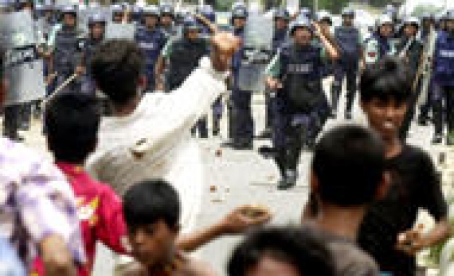 Many hurt in Bangladesh protests