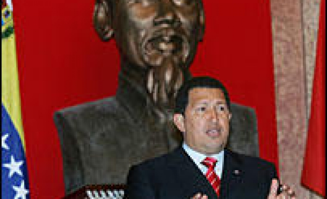 Chavez Signs Deals With Vietnam