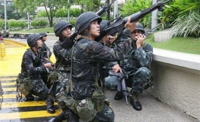Philippines, China to sign military logistics deal