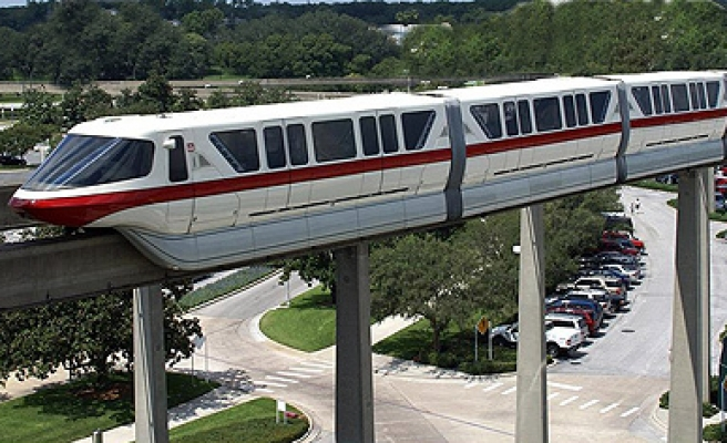 India gets first monorail