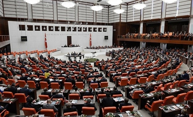 Turkish parliament gives legal recognition to Kurdish peace talks