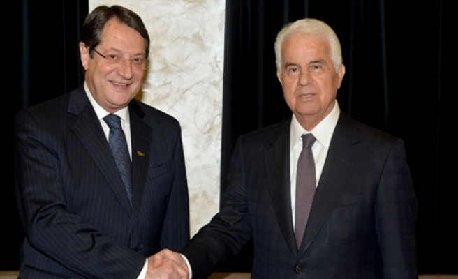 Cyprus peace talks resume after 2 year stalemate