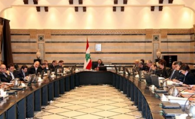 New Lebanese gov't convenes first meeting