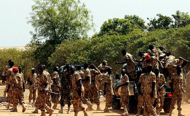 S. Sudan army says captured Bentiu, rebels deny