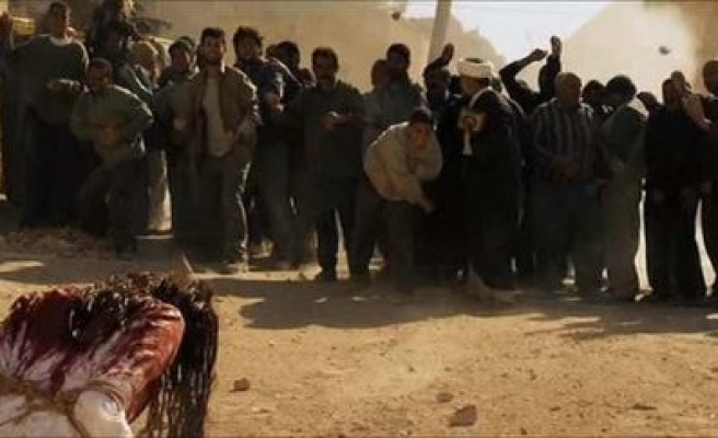 Fake stoning image used to demonize Syrian opposition