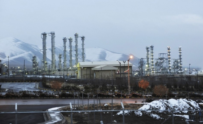 Russia agrees to build nuclear power plants in Iran