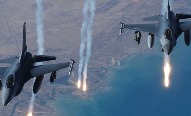 Netherlands to send F-16s to fight ISIL in Iraq