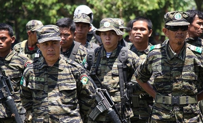 Philippines army shoots dead 2 members of kidnap gang