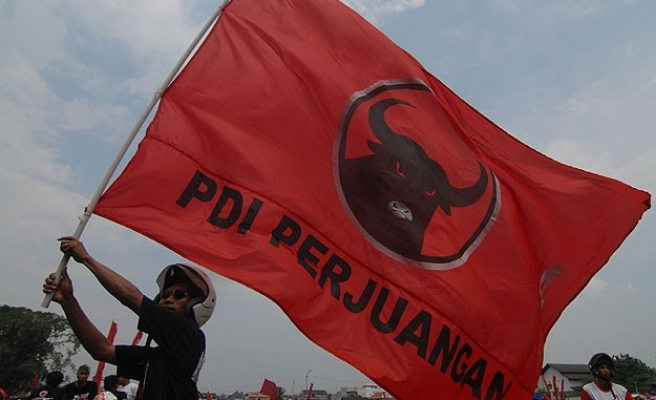 Indonesia's ex-general edges closer to presidential race