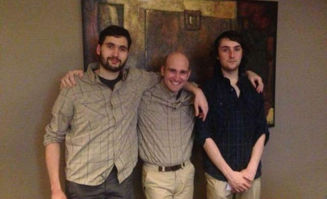 Four ex-hostage journalists back in France after Syria ordeal