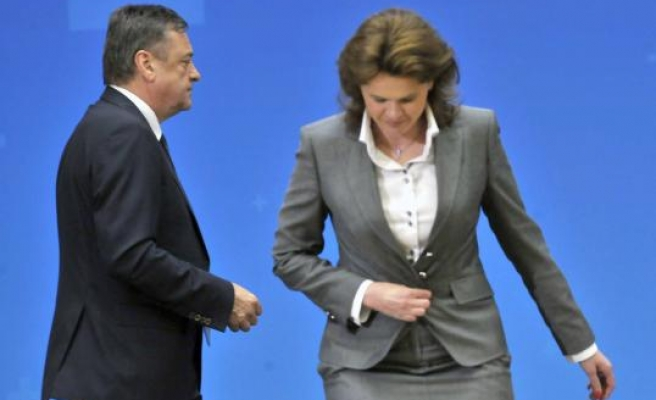 Slovenia's Prime Minister to step down on May 5