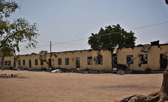UK team arrives to help Nigeria find abducted girls