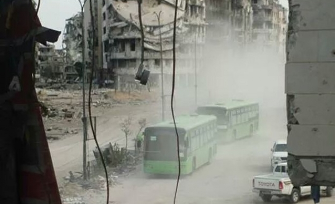 Syrian army moves into rebel-free Homs