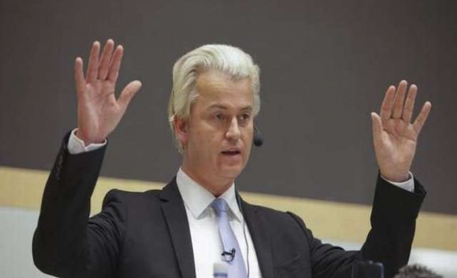 Dutch send top diplomat to avert Saudi sanctions