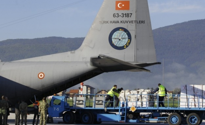 Int. aid delivered to victims in flood-hit Bosnia