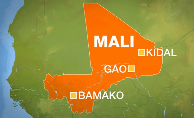 Tuareg rebels release 30 hostages in northern Mali