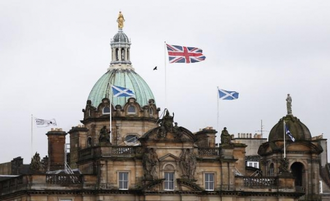 Scotland begins countdown to independence vote