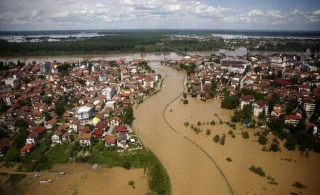 Floods could disrupt Balkans' power supplies for at least six months