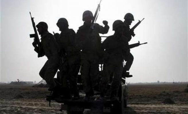 Two Pakistan military officers, 4 soldiers killed in attacks