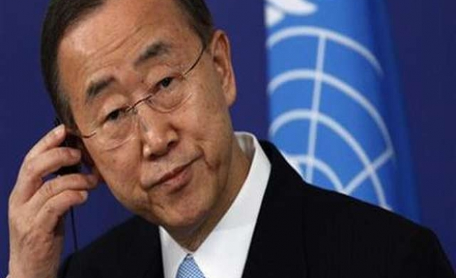 Ban-Ki Moon visits Ebola countries