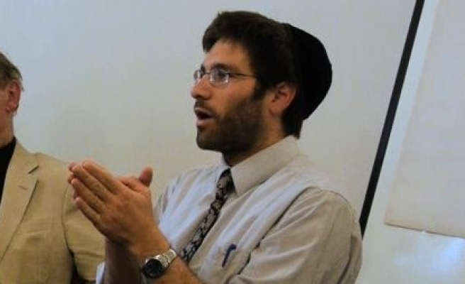 Jewish rabbi takes part in Ramadan fast