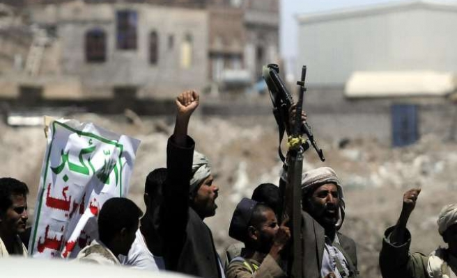 Yemen Houthis take over U.S.-trained special forces base in Sanaa