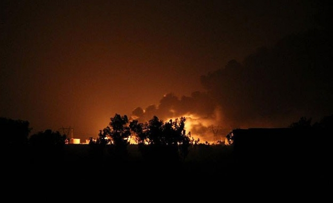 French, U.S. planes strike ISIL; Britain to join coalition