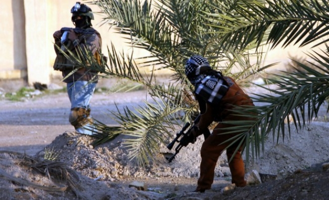 Syrian rebels attack government-held town near Israel