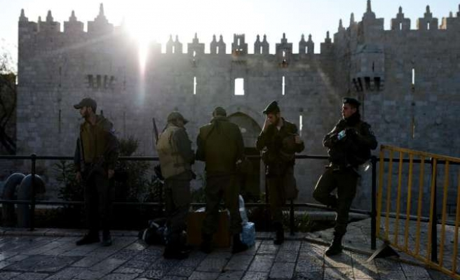 Israeli troops, Palestinian youth clash over Jerusalem