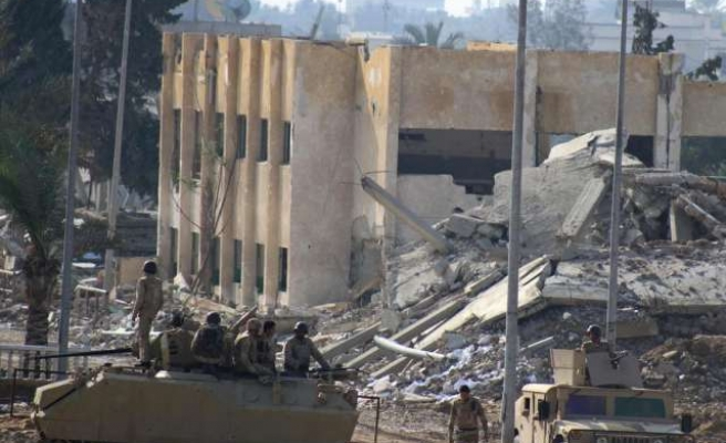 Egypt closes schools in Sinai towns as area inches towards open war