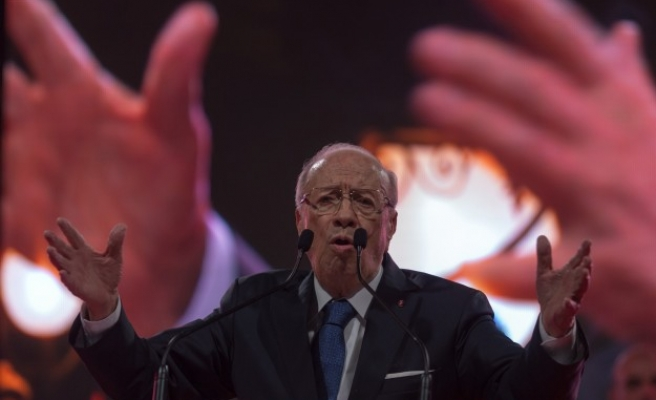 Tunisia announces draft bill to give women equal inheritance