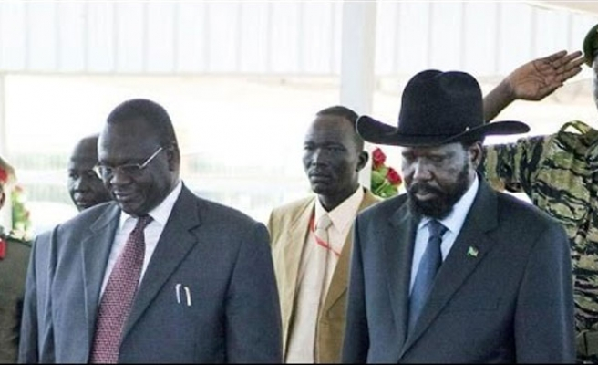 S. Sudan's Kiir, rebel leader sign deal to end crisis