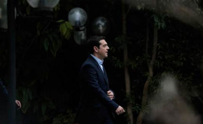 Greek PM Tsipras rules out turning to Russia for aid