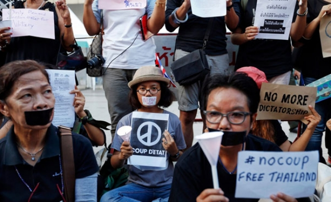 Thai students the 'last group standing' in protesting army coup