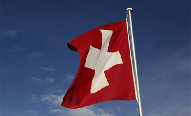 Swiss vote amid refugee fears