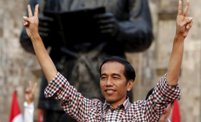 Indonesian pres. breaks tradition with new military chief