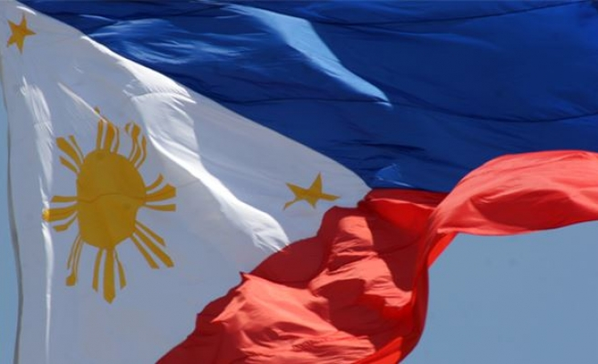 Philippines local officials stripped of police powers