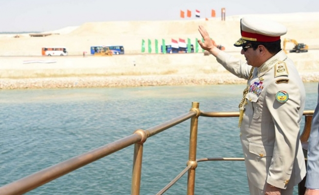 Sisi and the magic of Pharaoh: the untold story of the Suez