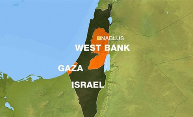 8 Palestinians hurt in W. Bank clashes with Israel army