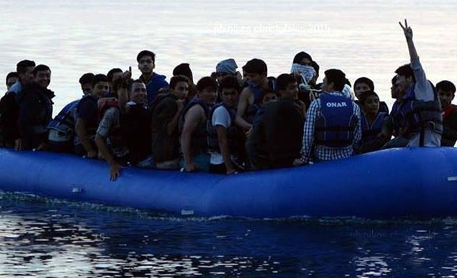 Refugee boat sinks off Turkey's Bodrum, 17 dead