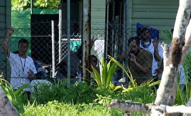 'Illegal' Australian refugee detention center to close