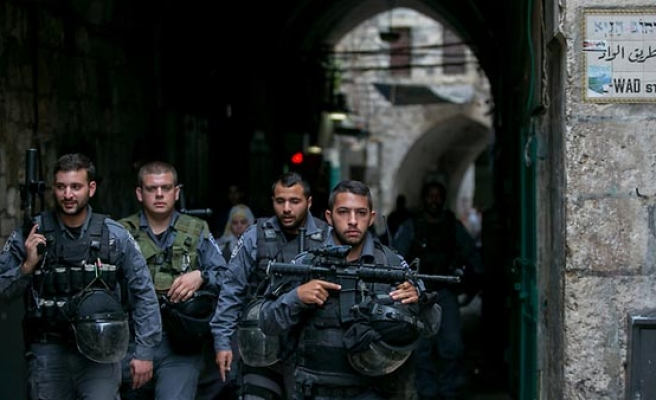 Israel approves plan to deploy more police in Arab areas