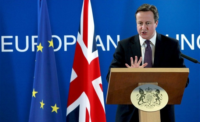 Cameron: UK must strike 'head of snake' ISIL in Syria