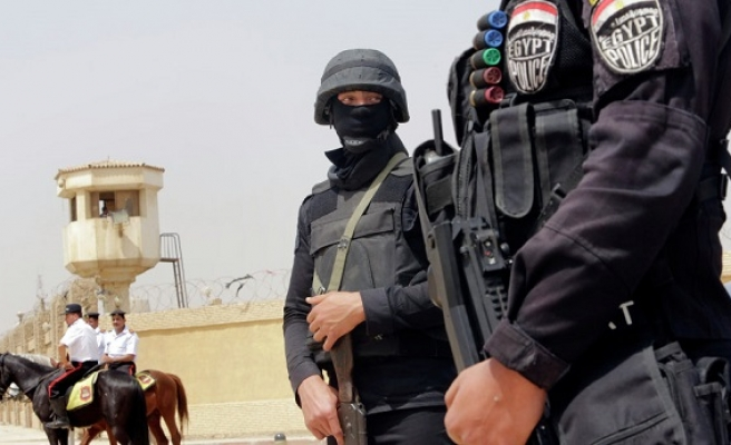 Suicide bombing kills 8 soldiers in Egypt's Sinai