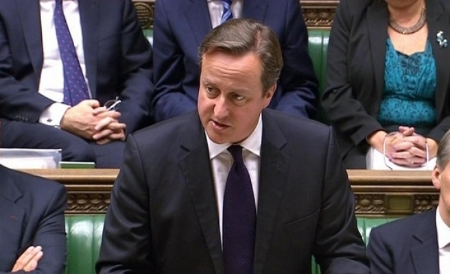 UK approves airstrikes against ISIL in Syria