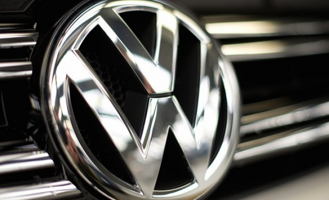 US charges former Volkswagen CEO in emissions scandal