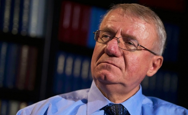 UN judges acquit Serb leader Seselj on all charges