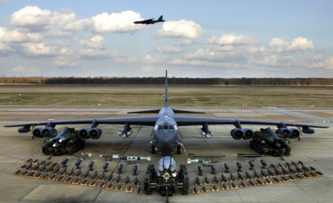 US sends nuclear-capable bombers to Gulf